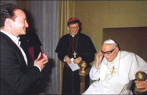298c77cf6 Papa Francisco será o novo vocalista do U2 - O Catequista